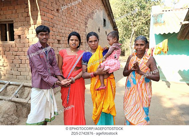 Family, PARJA TRIBE, Kaodawand Village, Jagdalpur Tehsil, Baster District, Chattisgarh, India