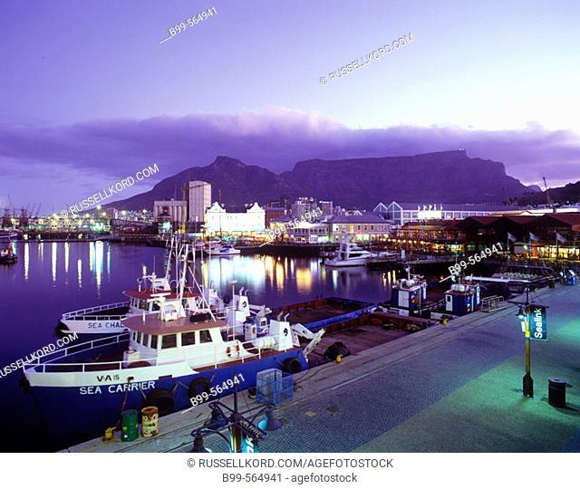 Victoria & Alfred Waterfront, Table Mountain, Capetown, South Africa