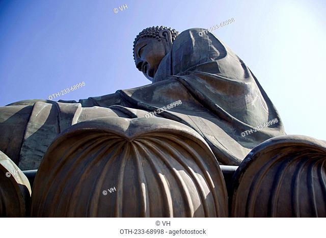 Tian Tan Buddha (Giant Buddha) , Po Lin Monastery, Lantau Island, Hong Kong