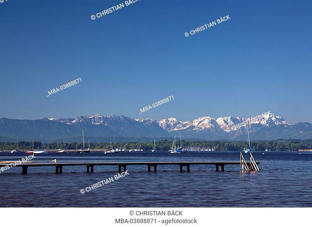 Buscharner bridge in front of Zugspitze, Münsing, Lake Starnberg, Upper Bavaria, Bavaria, Germany