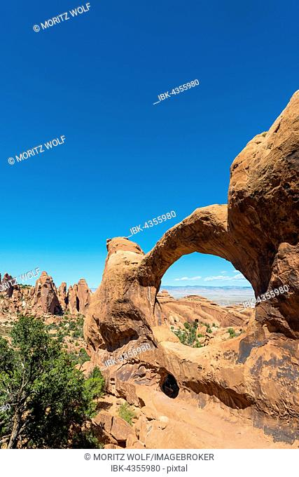 Natural Arch Double O Arch, Arches National Park, Moab, Utah, USA