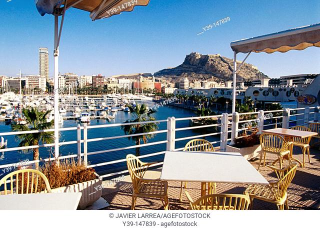 Harbour and Santa Barbara castle in background, Alicante. Comunidad Valenciana, Spain