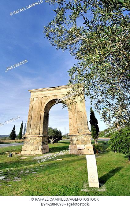 Arco de Bara, Roman triumphal arch, Tarragona, Catalonia, Spain