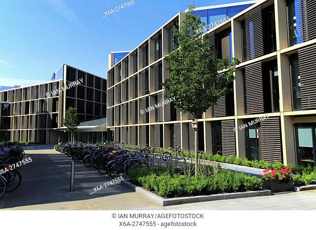 Modern buildings in the Radcliffe Observatory Quarter area, University of Oxford, England, UK