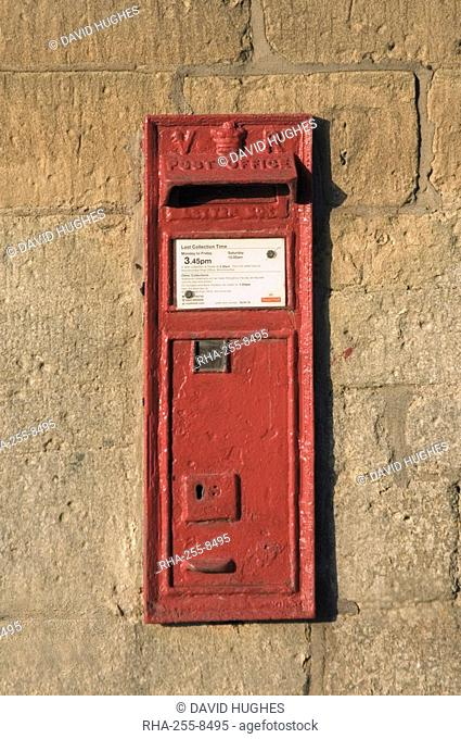 Victorian post box, Stanway village. The Cotswolds, Gloucestershire, England, United Kingdom, Europe