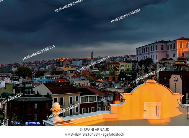 Turkey, Istanbul, historical centre listed as World Heritage by UNESCO, Sultanahmet, urban view of the city skyline at sunrise under a stormy cult