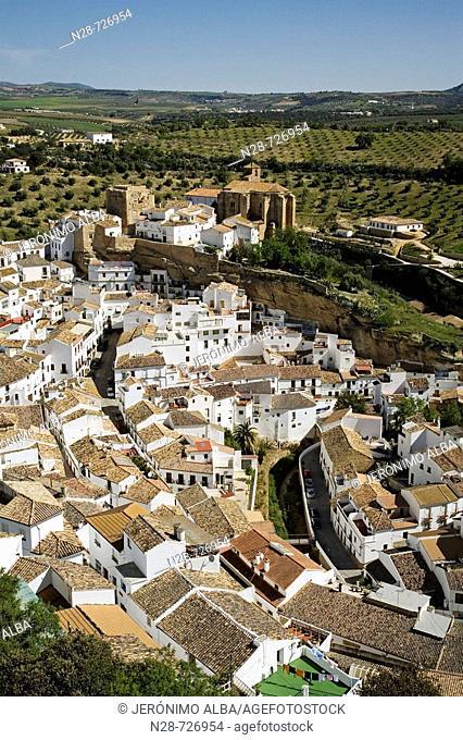 Setenil de las Bodegas. Pueblos Blancos ('white towns'), Cadiz province, Andalucia, Spain