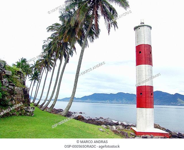 a sao paulo lighthouse with green palm trees