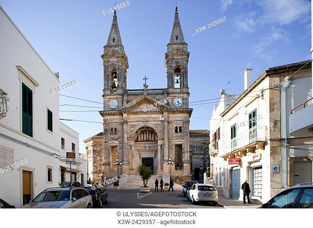Basilica of the Santissimi Medici Cosma and Damiano, Alberobello village, province of Bari, Puglia, Italy, Europe