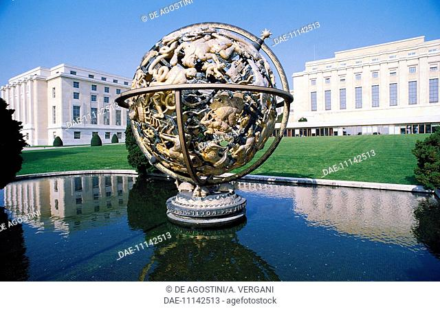 Armillary Sphere or the Woodrow Wilson Memorial Sphere, 1939, by Paul Manship (1885-1966), with the United Nations building, 1931-1938, Geneva, Canton of Geneva
