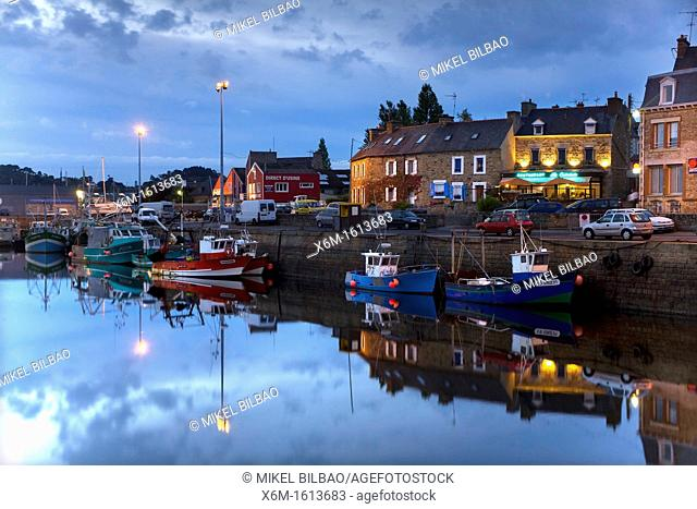 Harbour at dusk  Paimpol Breton: Pempoull is a commune in the Côtes-d'Armor department in Bretagne in northwestern France