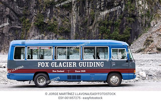 Fox Glacier Guiding Bus