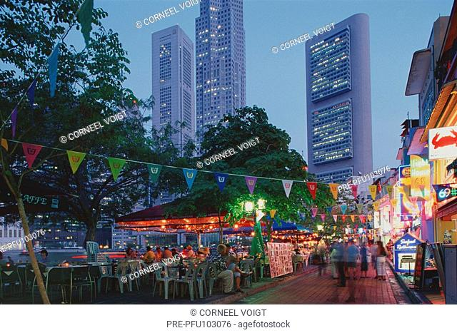 Entertainment district at the Boat Quai in Singapore city at night