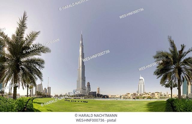 United Arab Emirates, Dubai, The Address Downtown Dubai, Souq al Bahar and Burj Khalifa