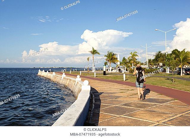 A tourist walk on Campeche promenade, San Francisco de Campeche, state of Campeche, Mexico