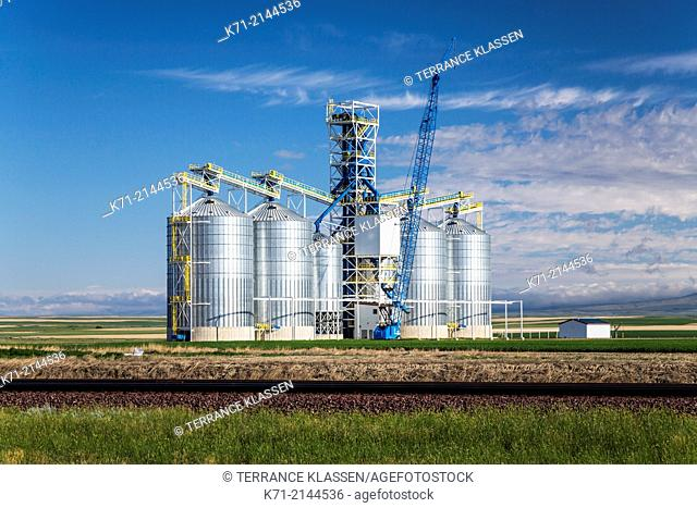 A new inland grain terminal under construction near Chester, Montana, USA