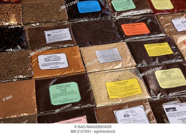 Spices for sale in Darajani Market, the bazaar of Zanzibar, Stone Town, Zanzibar, Tanzania, Africa