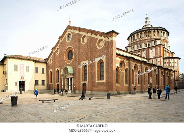 Italy, Lombardy, Milan. Whole artwork view. Glimpse of the Romanic basilica, which gives its name to the square it overlooks; declared Unesco World Heritage in...
