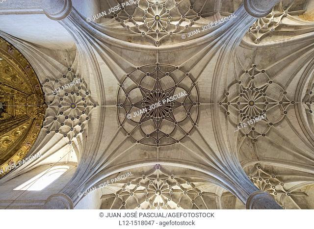 Inmaculada Concepcion Church, vaults by architect Rodrigo Gil de Ontañon, 16th century, Villaveta, Burgos province, Castille-Leon, Spain