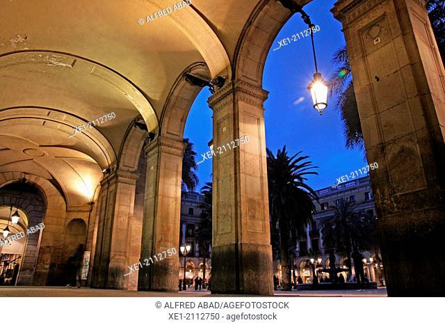 Arcades at sunset, Plaça Reial, Barcelona, Catalonia, Spain