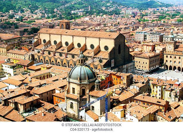 San Petronio cathedral. Bologna. Emilia-Romagna, Italy