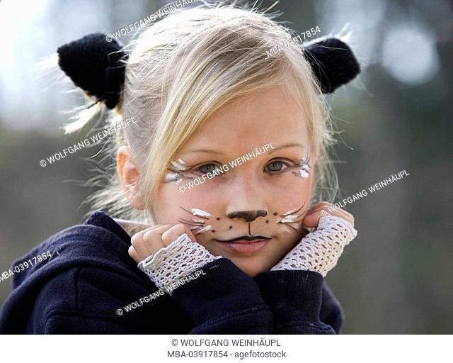 girl, blond, disguise, cat, portrait, child, 7 years, outfit, carnival, carnival, carnival-outfit, disguises, ears, face, rested hands, head, paints sweetly
