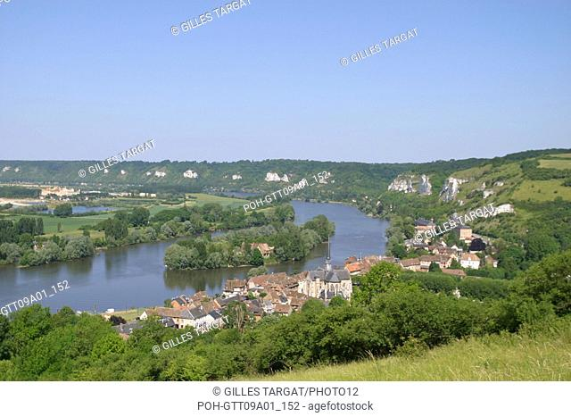 tourism, France, upper normandy, eure, les andelys, general view over the river seine from the chateau gaillard, castle Photo Gilles Targat