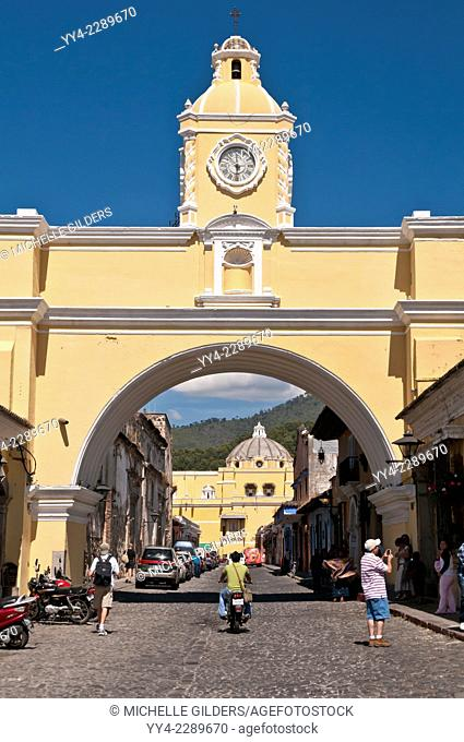 Santa Catalina Arch, Arco de Santa Catalina, Antigua, Guatemala