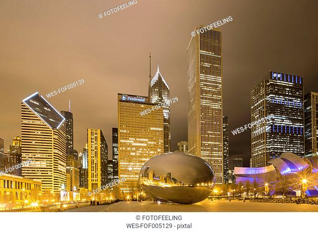 United States, Illinois, Chicago, View of Cloud Gate and Millennium Park