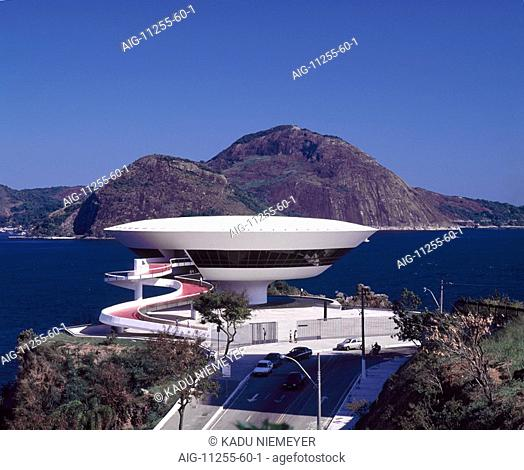 MAC, Niteroi, Rio de Janeiro, 1996. Architect: Oscar Niemeyer