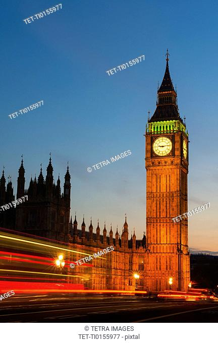 UK, England, London, Big Ben and Parliament at dusk