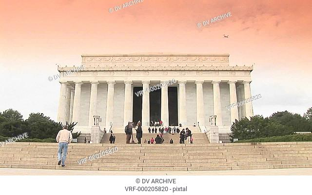 The Lincoln Memorial in Washington DC with visitors approaching