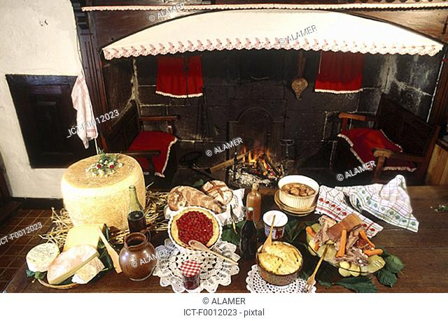 Auvergne, the four cheeses, hotpot and tripoux