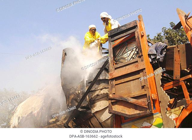 Damage accident panvel Stock Photos and Images | age fotostock