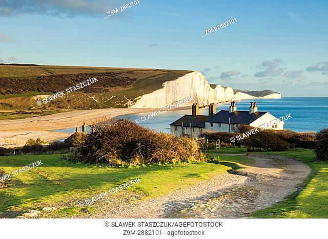 Coastguard Cottages and Seven Sisters cliffs in East Sussex, England. South Downs National Park