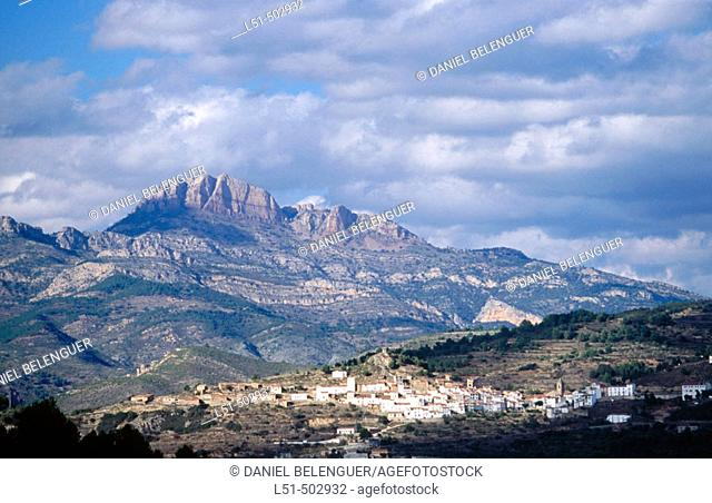 Penyagolosa Massif and village. Villamalefa castle. Castellon province. Spain