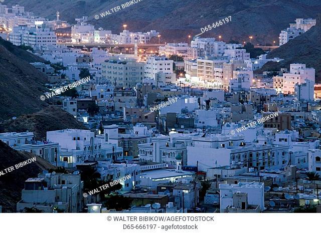 OMAN-Muscat-Ruwi/Al Hamriyah: View of Ruwi / Al Hamriya from the Yiti Road / Evening