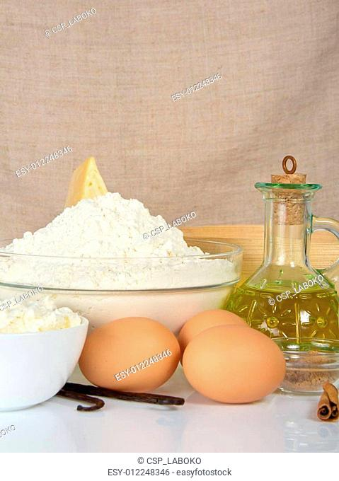 Cottage cheese, eggs, sunflower oil and flour