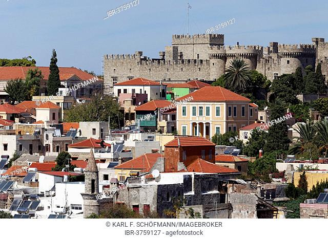 Cityscape with the Palace of the Grand Master of the Knights of Rhodes, historic centre, City of Rhodes, Island of Rhodes, Dodecanese Islands, Greece