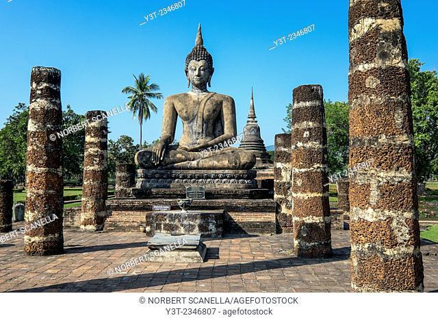 Asia. Thailand, old capital of Siam. Sukhothai archaeological Park, classified UNESCO World Heritage. Wat Mahatat. Buddha statue