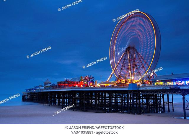 England, Lancashire, Blackpool  Blackpool Central Pier at dusk