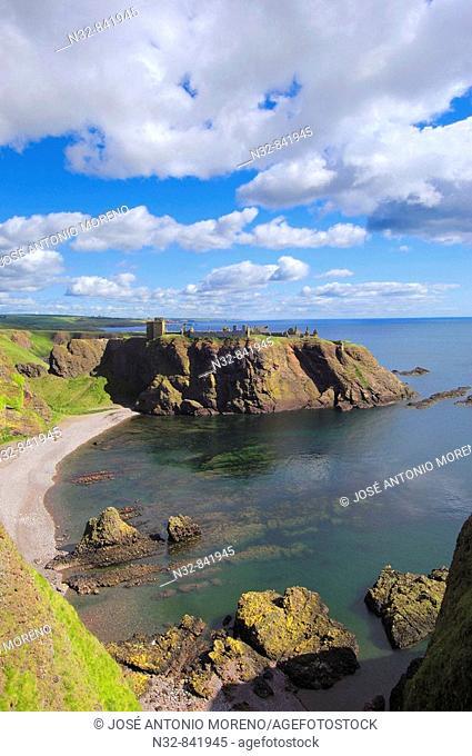 Dunnottar Castle, Stonehaven, Aberdeenshire, Scotland, U K