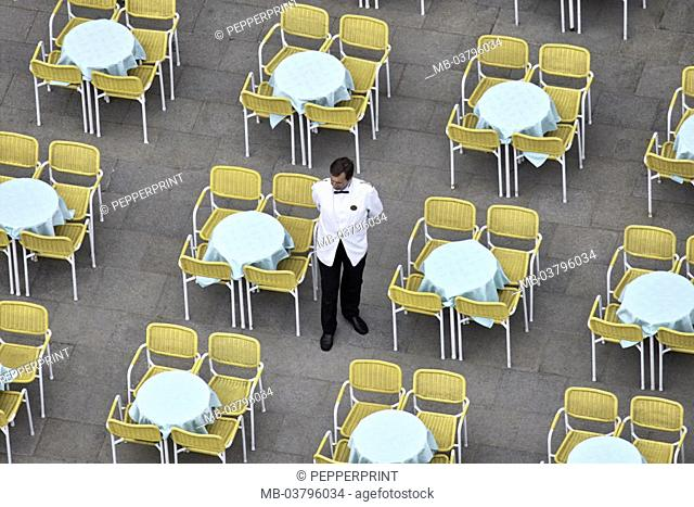 Street cafe, tables, empty, waiters, stands, waits, from above  Locally, cafe, Eisdiele, Bestuhlung, chairs, seats, unbesucht, unoccupied, man, employee