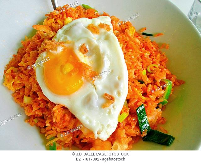 Food: 'nasi goreng', Indonesia