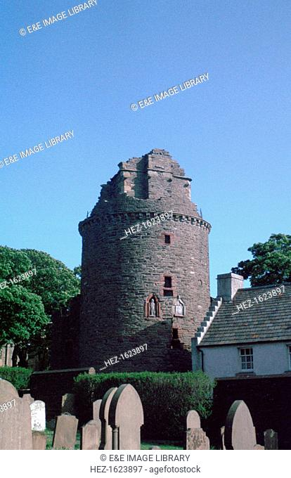 The Moosie Toor, Bishop's Palace, Kirkwall, Orkney, Scotland. This strong round tower was added to the palace of the Bishops of Orkney by Bishop Robert Reid in...