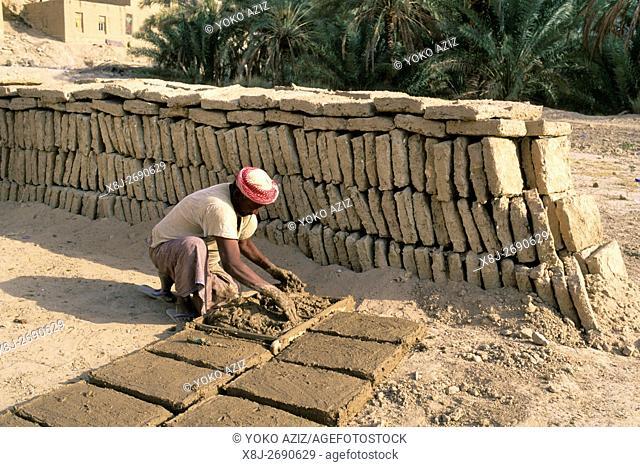 yemen, wadi doan, daily life