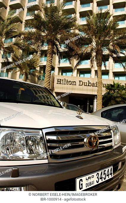 Car in front of Hilton Dubai Jumeirah, Dubai, United Arab Emirates, Middle East