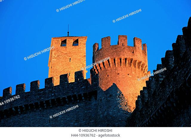 Switzerland, Europe, Canton, Ticino, Bellinzona, Castle, Montebello, UNESCO, World Heritage Site, Night, Illuminated, Tower, Fortress, Horizontal