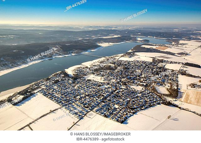 Snowy landscape, Stockum in winter, Möhnesee, Sauerland, North Rhine-Westphalia, Germany
