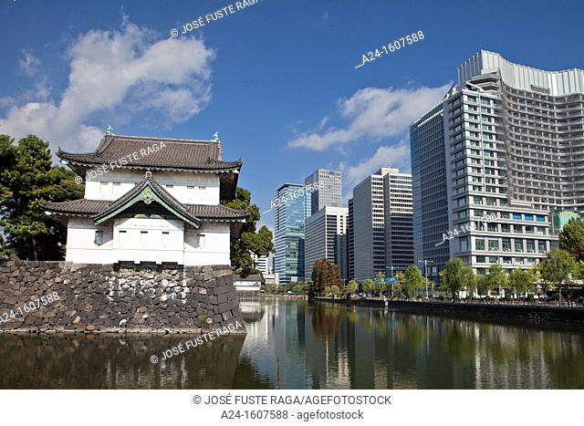 Japan-Tokyo City-Imperial Palace Wall and Marunouchi District